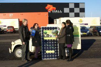 Blauwe zonnepanelen gewonnen te Appelscha in februari 2011
