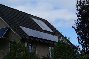 Zonneboiler installatie geplaatst op woning te Veendam in februari 2011