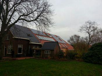 Zonneboiler installatie geplaatst op woning te Zuidlaren in november 2013